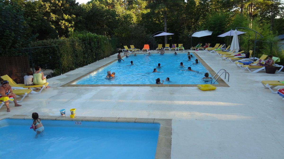 Camping dordogne avec piscine vacances camping avec for Camping cirque de gavarnie avec piscine